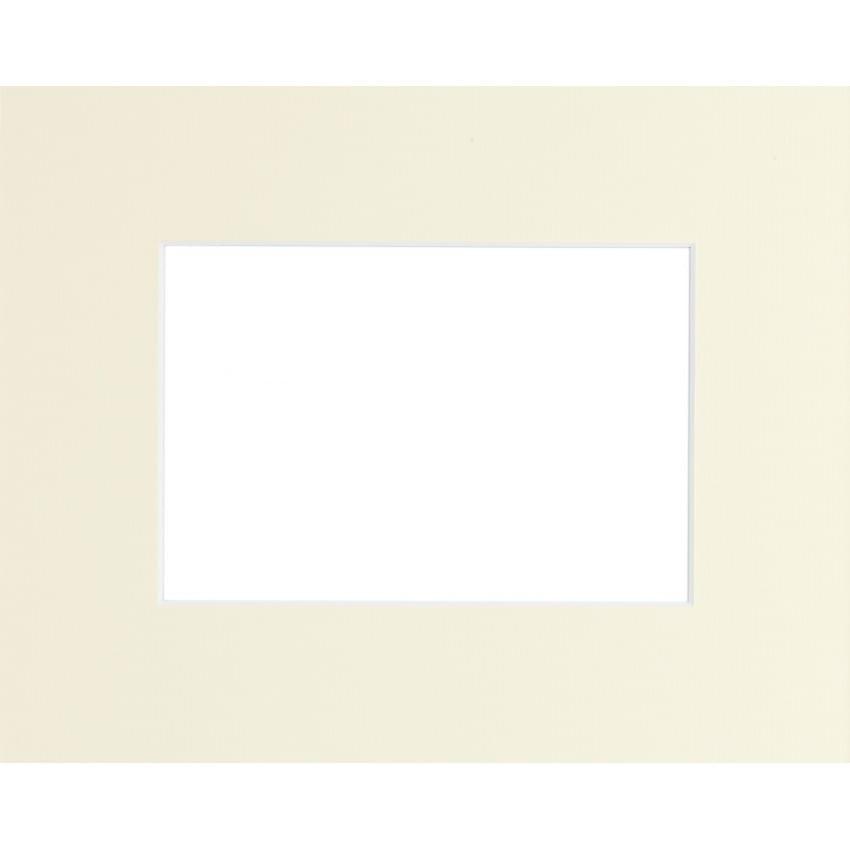 Passe partout BRIO - Format extérieur 50x70cm - Fenêtre 40x50cm - Crème