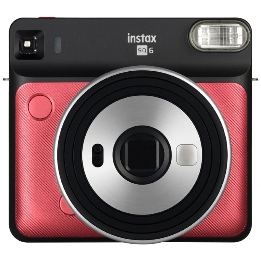 Instax Square SQ6 Ruby Red - Format photo 62 x 62mm - Livré avec 2 piles lithium CR2/DL CR2
