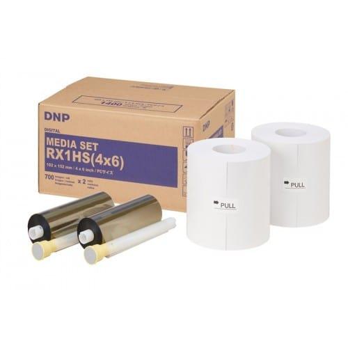 Consommable thermique DNP pour DSRX1 - HS - 10x15cm (HS) - 700 tirages - perforé 10x(3x5)cm (spécial événementiel)