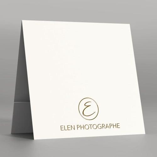 Pochette à rabat papier blanc satiné 350g - Impression extérieure et intérieure Dorure Or