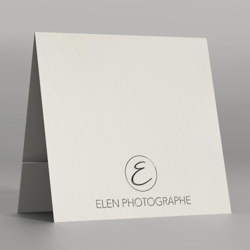 Pochette à rabat papier Conqueror 300g - Impression extérieure noire Vernis 3D