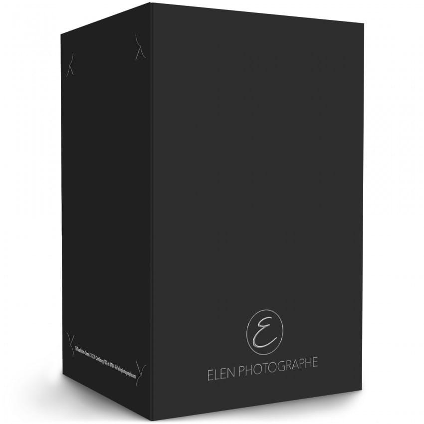 papier 350g satiné 11,5x17,5cm avec encoches - Impression noire et Vernis 3D Recto