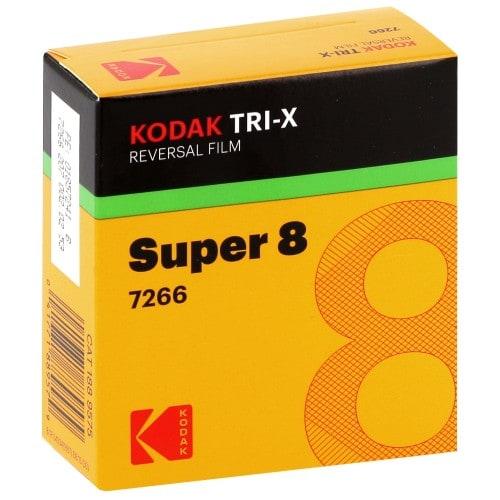 noir et blanc TRI-X 200D Format Super 8 - Longueur 15,25m - à l'unité