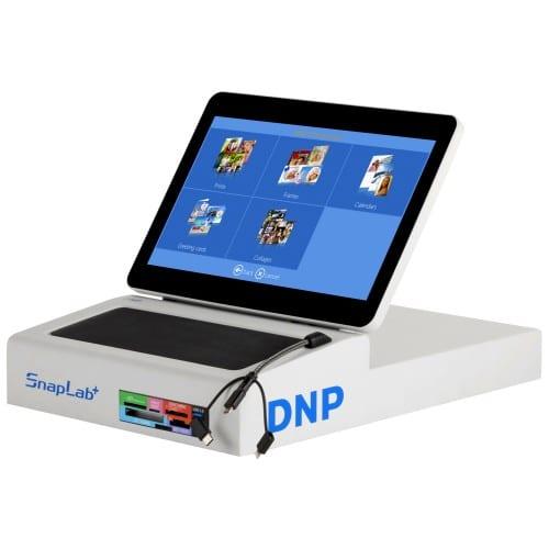 Borne (sans imprimante) DNP DT-T6 MINI - Nouvel écran LCD Multitouch 11,6 pouces - Lecteur Pro Multi cartes et USB - Connexion a