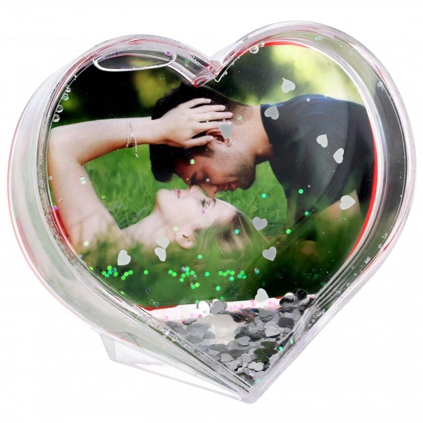 Boule à neige TECHNOTAPE Cœur - avec insertion photo - Paillettes cœurs argent - Dim. 9,7x9,1cm