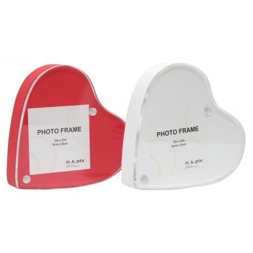 Cadre photo DEKNUDT forme cœur Hauteur 9,5cm - pour photo 5x5cm - Blanc ou rouge - Livraison coloris aléatoire si achat d'1 cadr